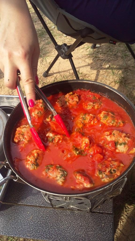 在香草番茄肉丸加兩片芝士,很開胃好味的一餐。